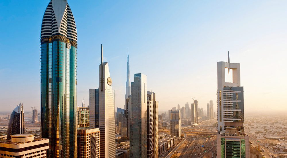 Two main business jurisdictions in UAE and their differences.